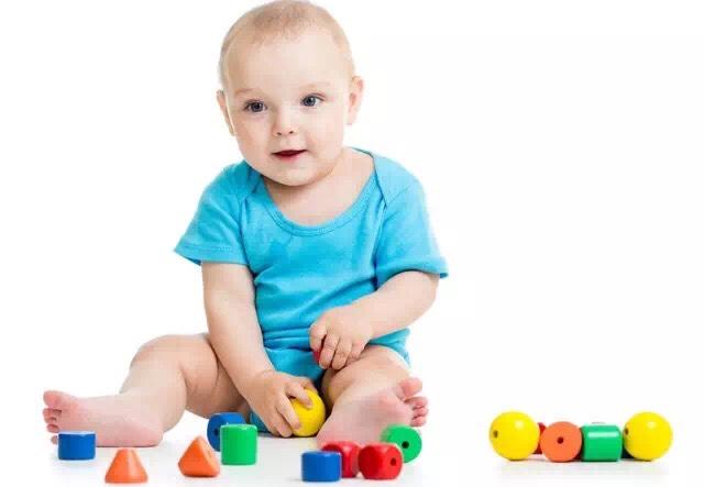 1-21个月宝宝精细动作训练指南,宝宝越练越灵巧!