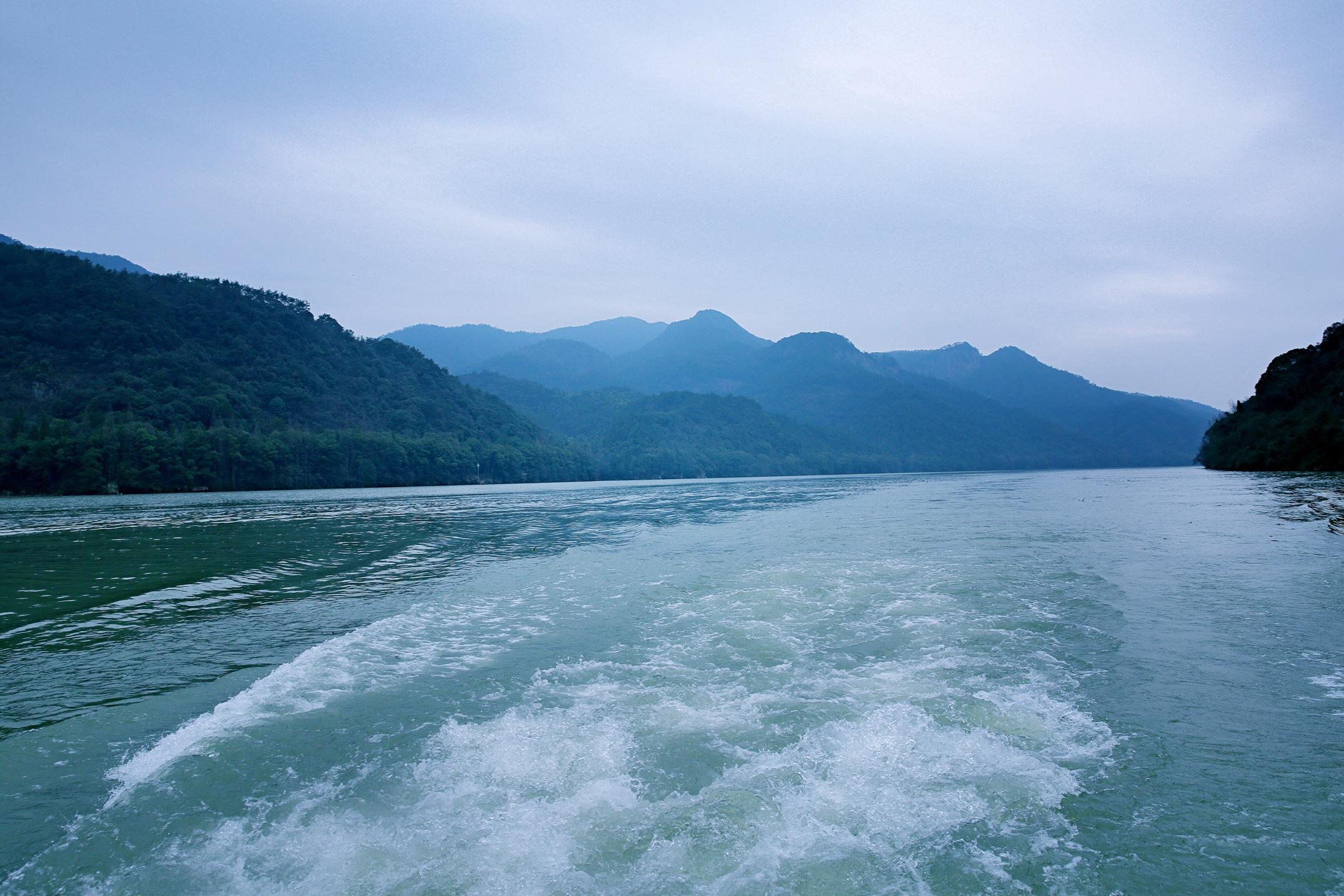 七里扬帆风景区是富春江--新安江--千岛湖国家级风景名胜区