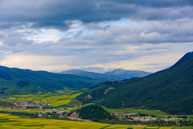行于甘,青,川三省,最美的风景都在路上,这一路都是美景如画!
