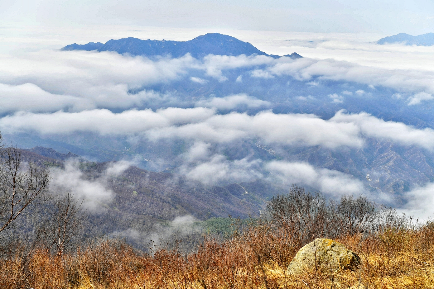 房山区百花山云海不仅本身是一种独特的自然景观,而且还把