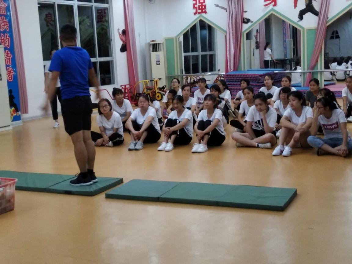 永春县邦大幼儿园体育基本动作规范化实操培训