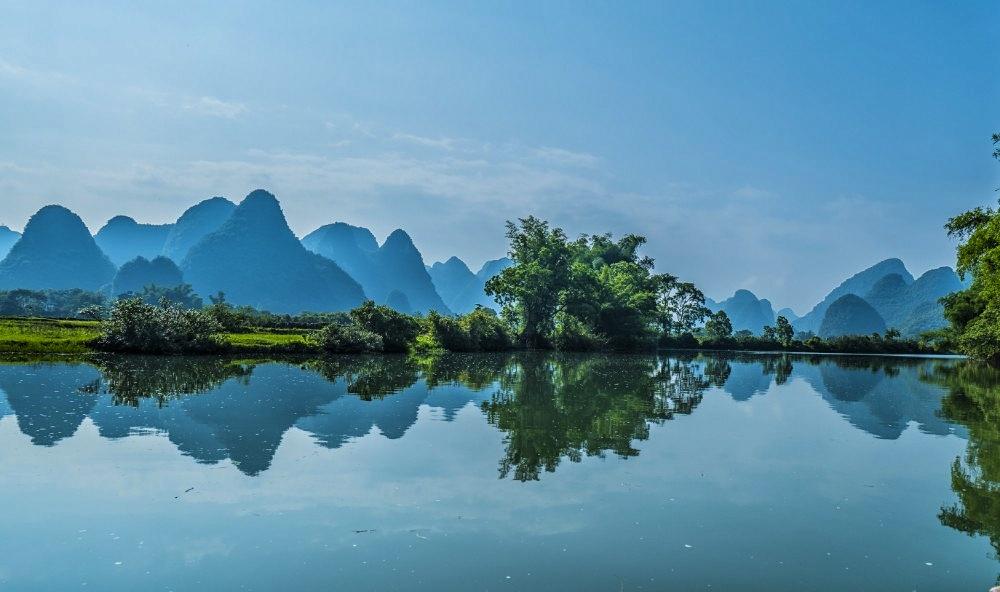 壁纸 风景 山水 摄影 桌面 1000_592